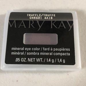 Mary Kay Makeup - Mary Kay Mineral Eye Color Truffle